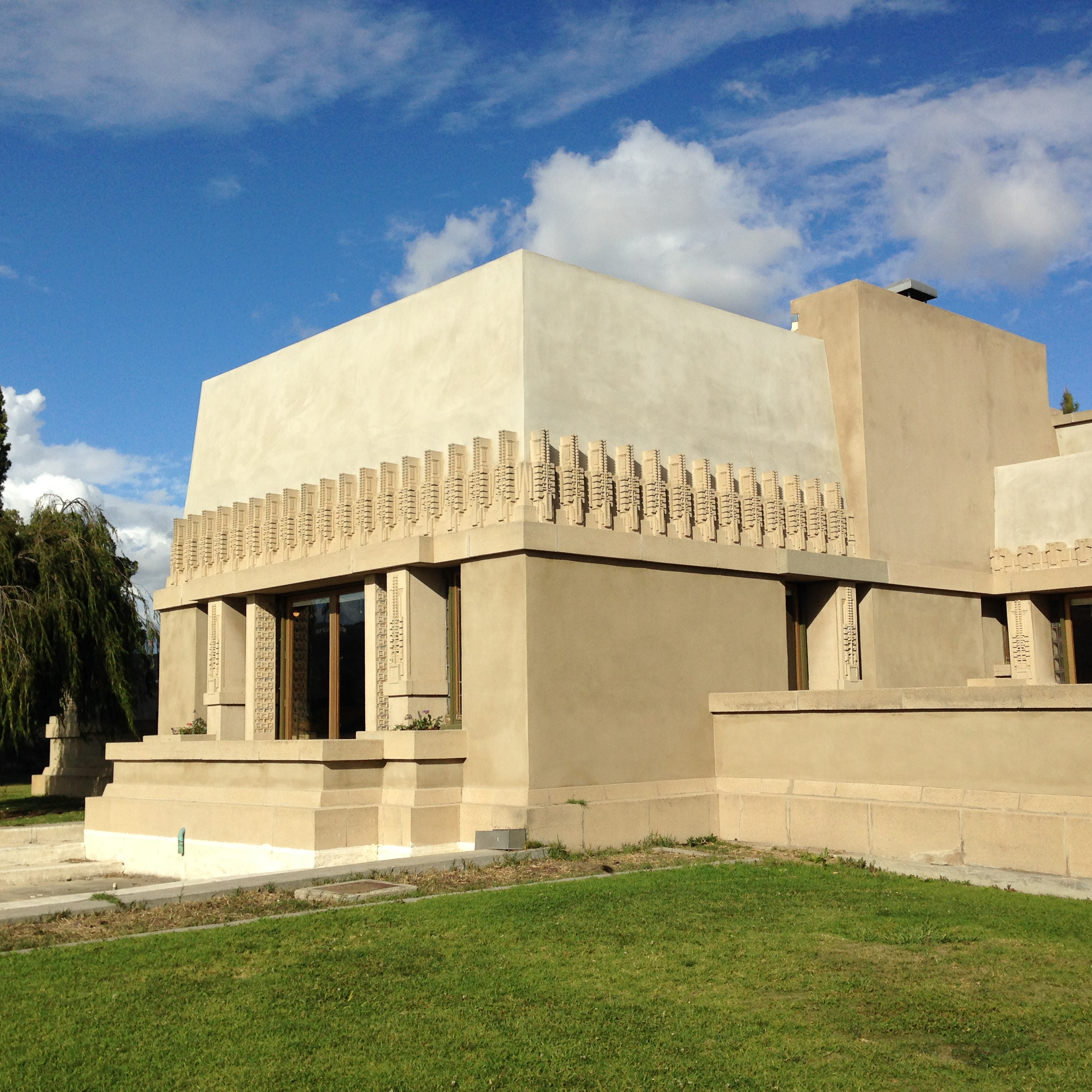 Hollyhock House Barnsdall