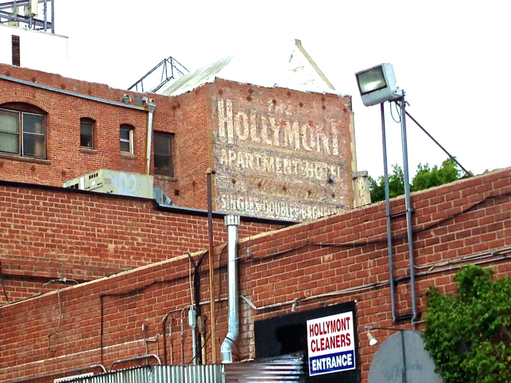Hollymont Apartments, Silver Lake
